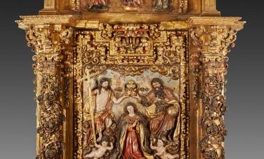 """Setdart presenta: """"Coronación de la Virgen"""". Retablo en madera tallada, policromada y dorada."""
