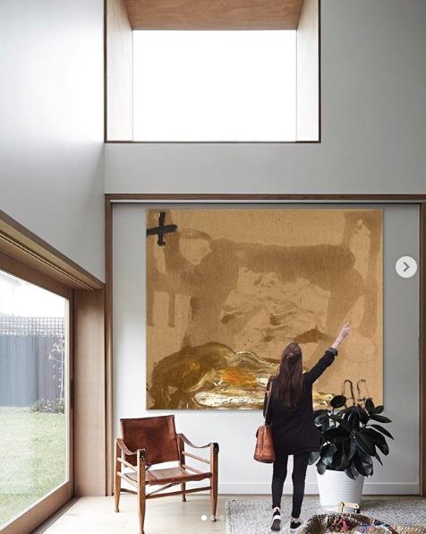 """2019-07-15 16_57_40-Setdart.com _ Auction House en Instagram_ """"ANTONI TÀPIES PUIG (Barcelona, 1923 -"""